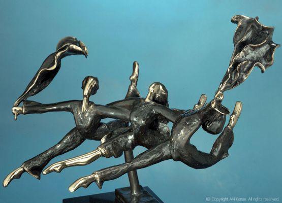 Flying Dancers - 1980